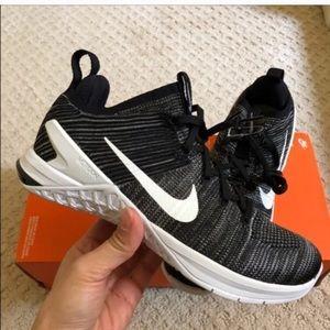 Nike Shoes - New Nike Metcon DSX Flyknit 2